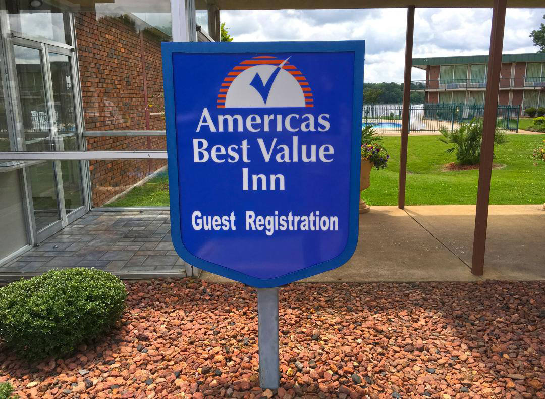 Americas Best Value Inn - Guest Registration Sign