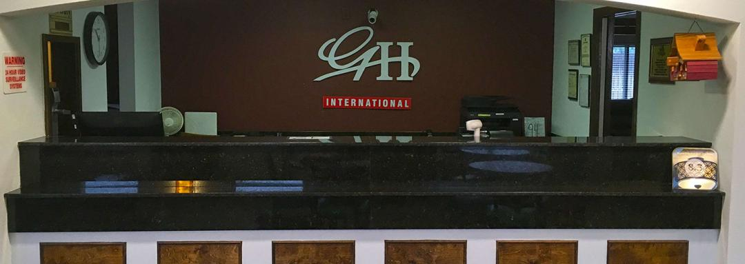 Hotel Front desk with black granite counter for check in
