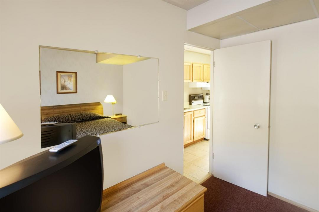 Two Room Kitchenette Suite