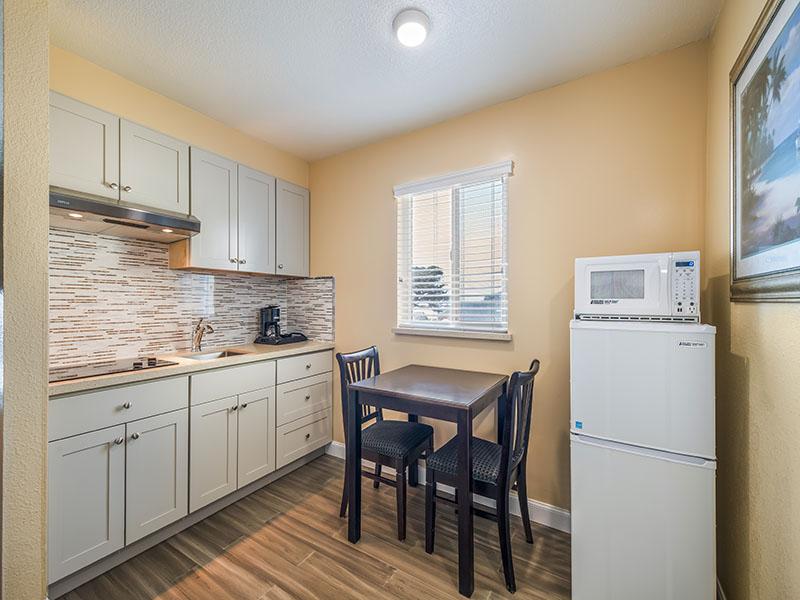 double queen kitchenette room