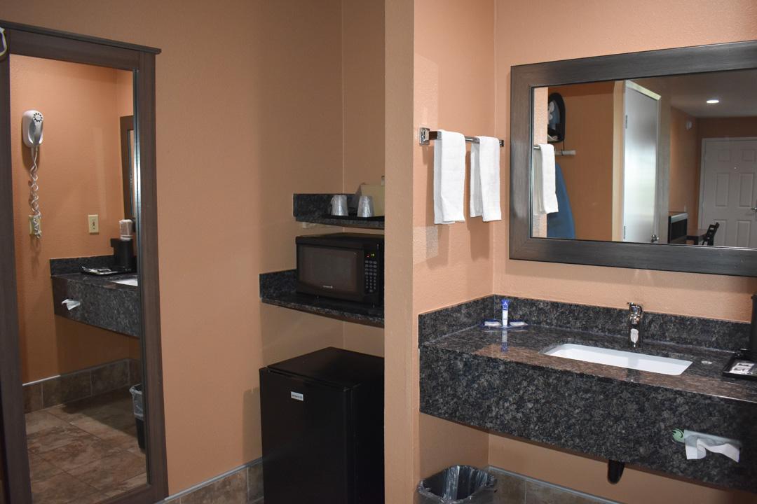 Guest room Amenities and Bathroom Sink Area