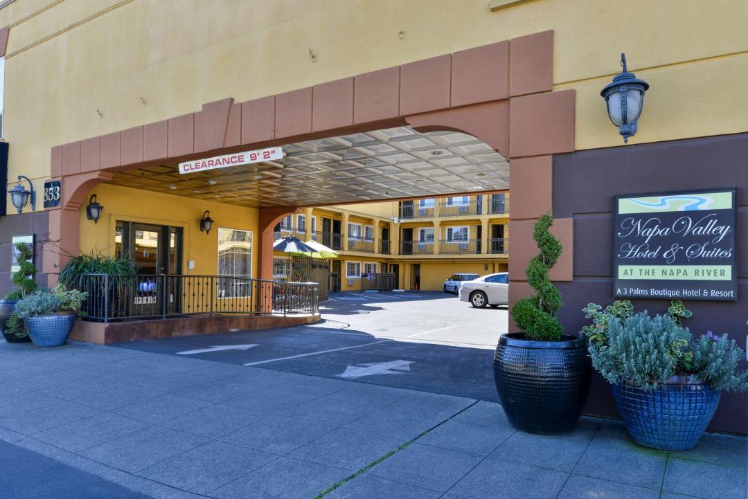 hotel exterior entrance