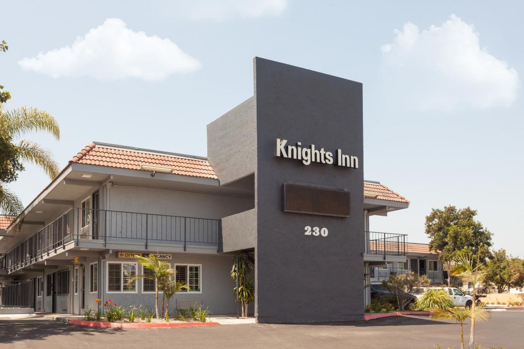 Two-story exterior corridor hotel