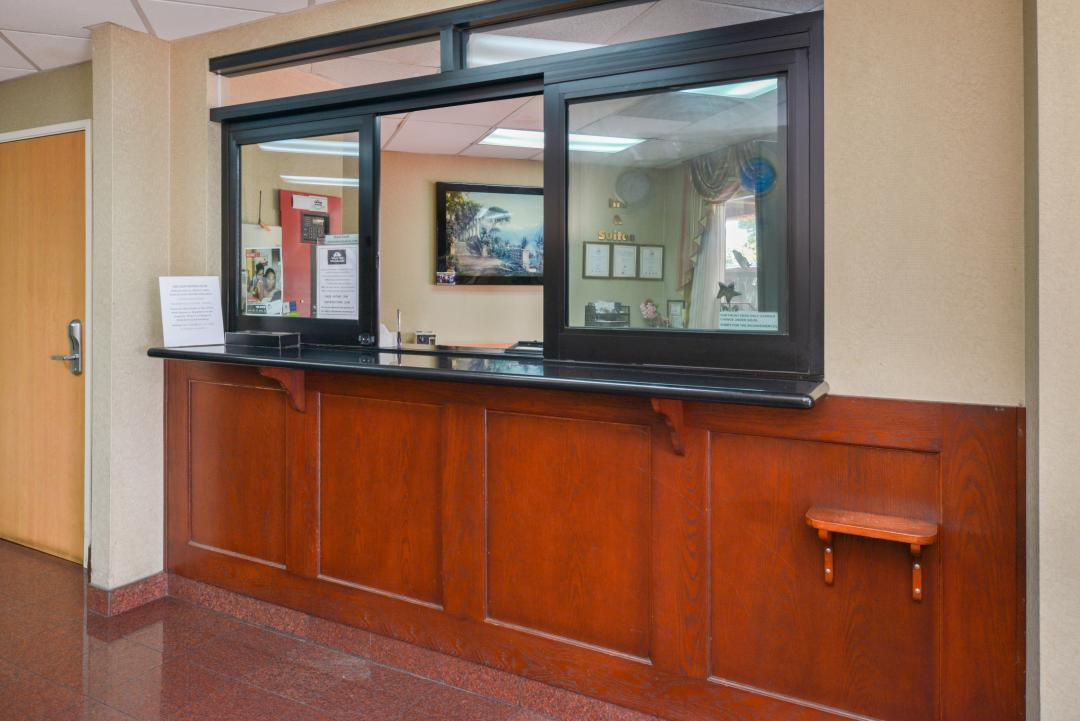 Hotel front Desk