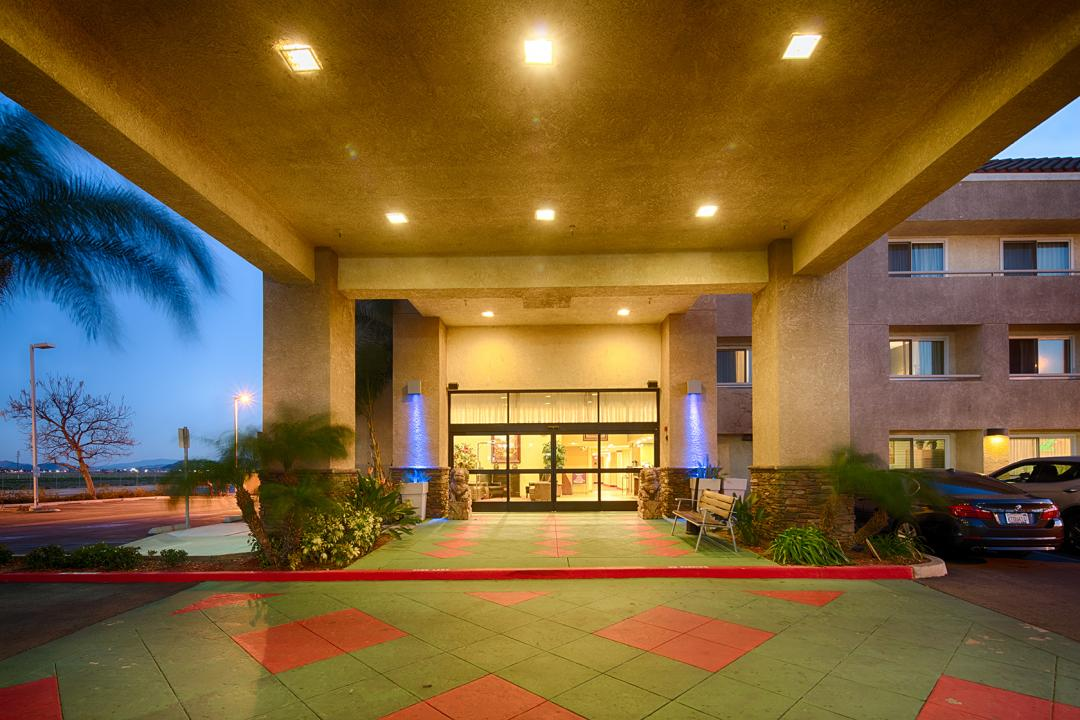 Hotel exterior and front covered enterance