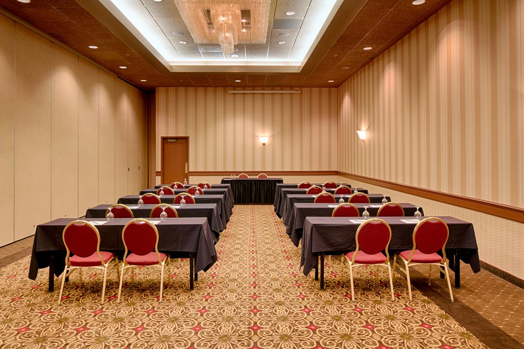 Host Gatherings Of All Size In Our Redding Meeting Space