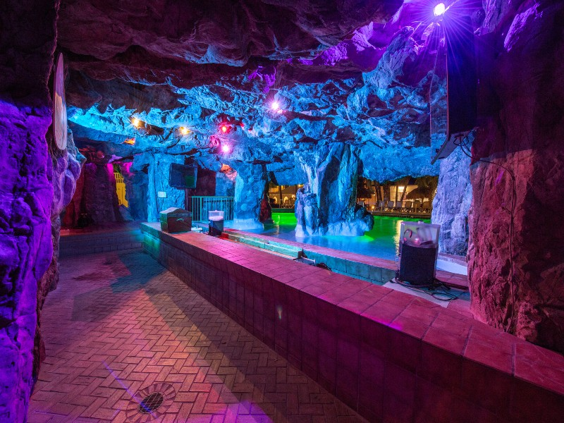 Grotto Bar at night