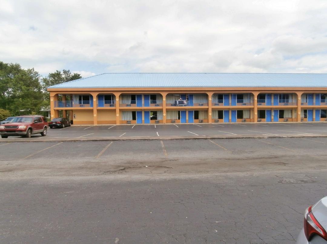 Hotel Exterior Parking