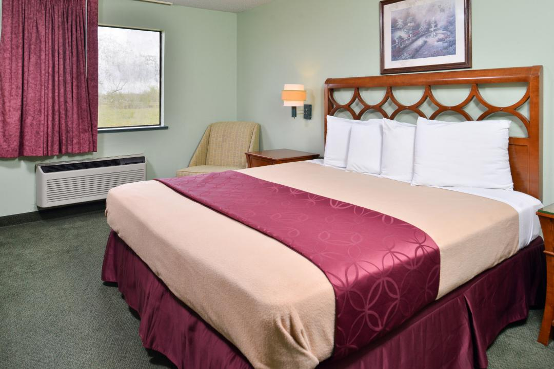 Deluxe Suite with King Bed