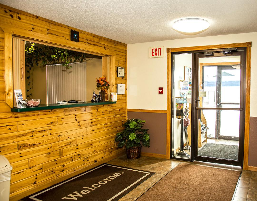Front desk with entry doorway