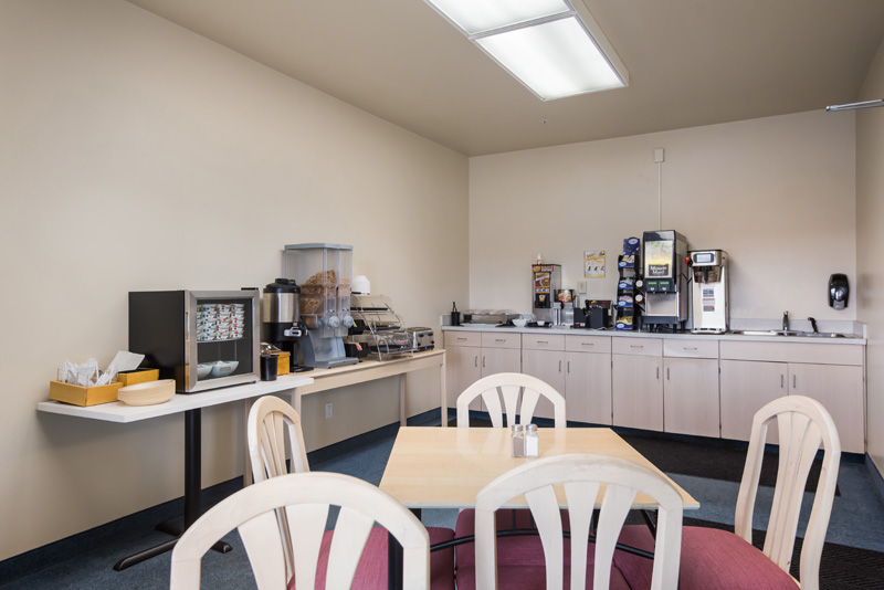 Breakfast area seating
