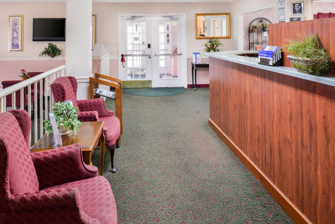 Front Desk and lobby with seating area