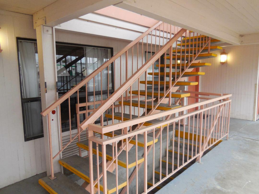 Exterior stairs to 2nd floor