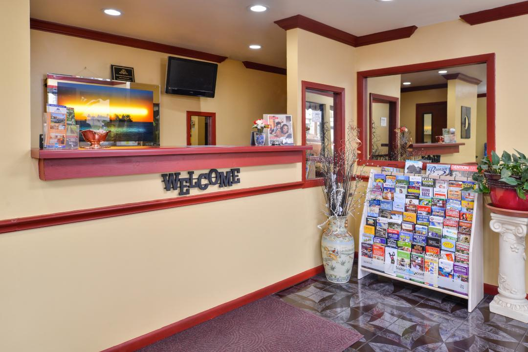Front Desk and lobby with Area information guides