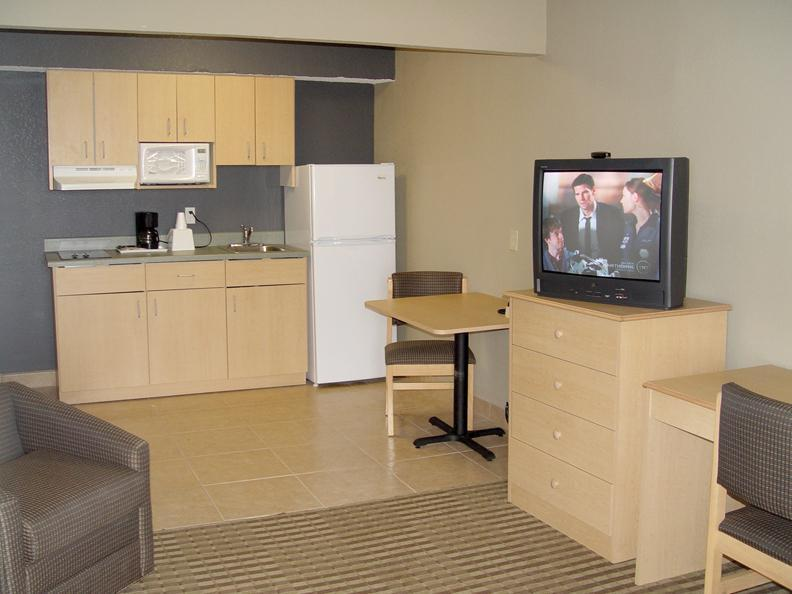 Kitchenette Suite Amenities