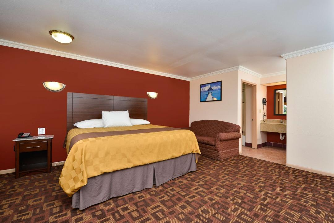 One King Bed Kitchenette Suite