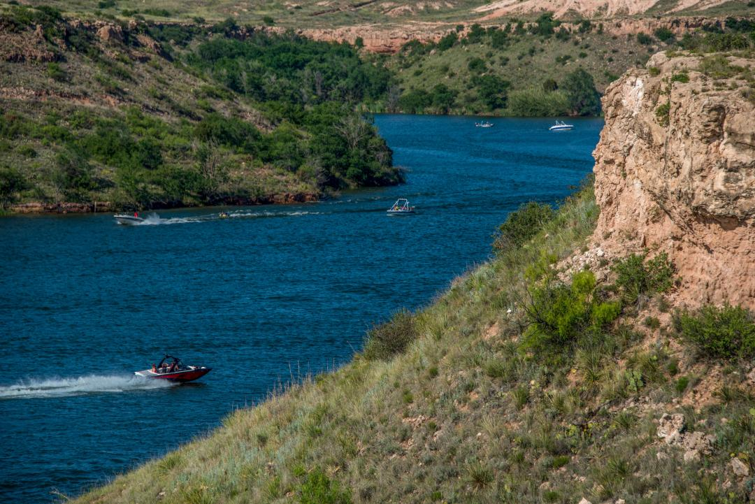 Enjoy local boating activities on Buffalo Springs Lake