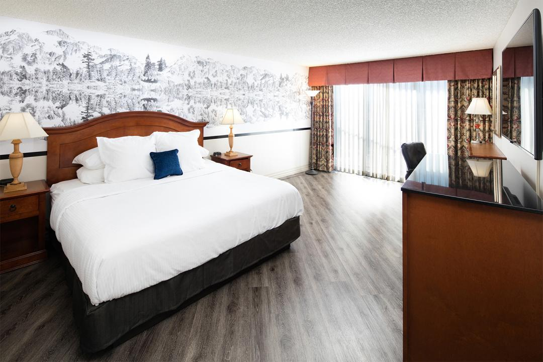 Salt Lake City room with queen bed