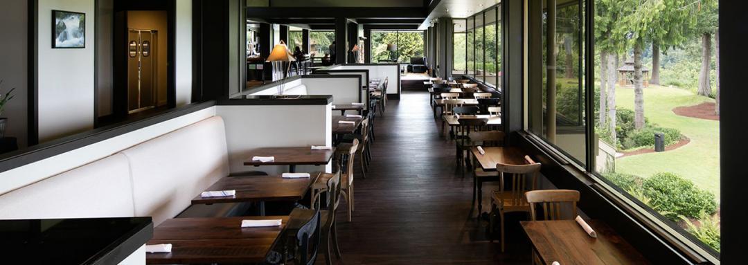 Enjoy Premium Onsite Hotel Dining