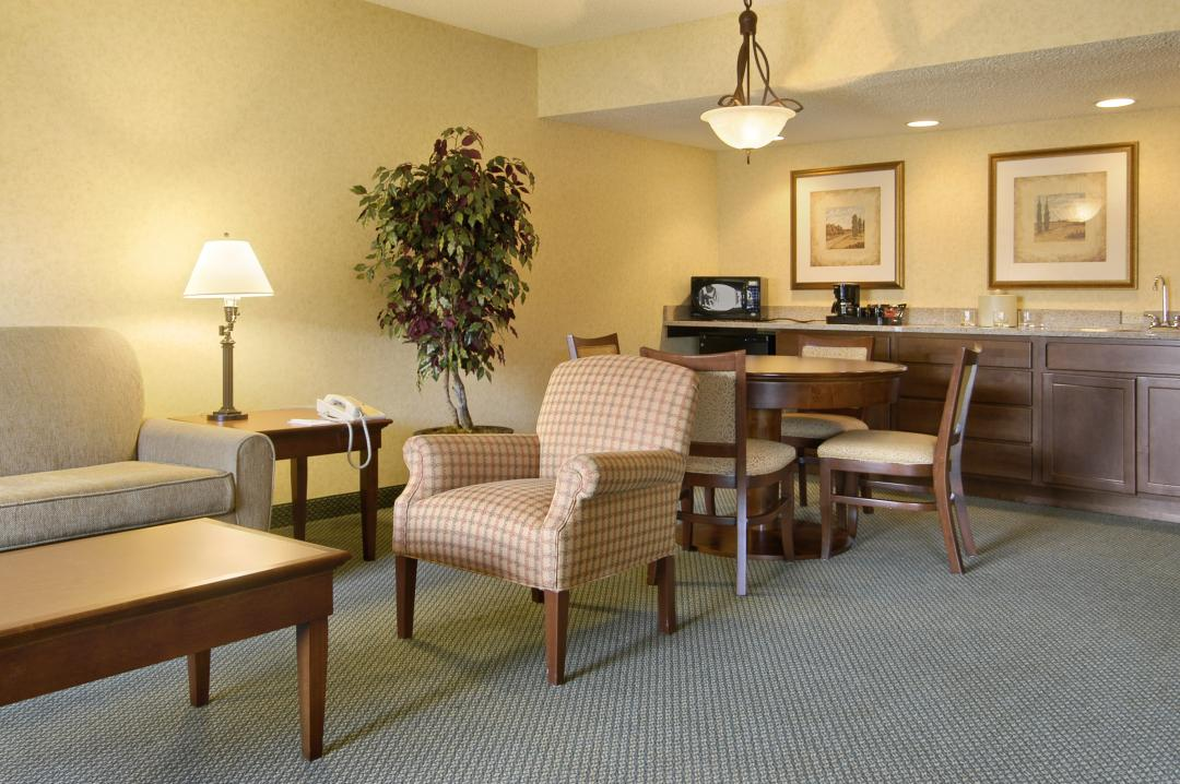 Spacious suites available with wet bar