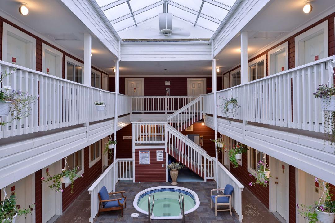 Interior Corridors with Indoor Jacuzzi